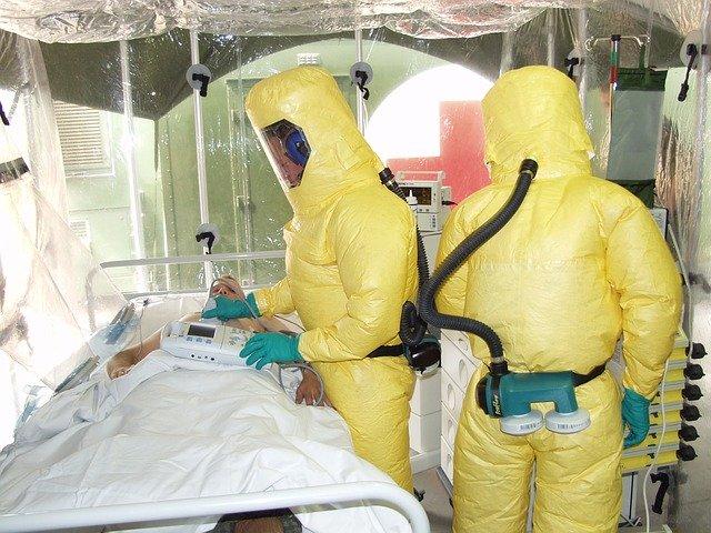 武漢院長、新型肺炎で死亡