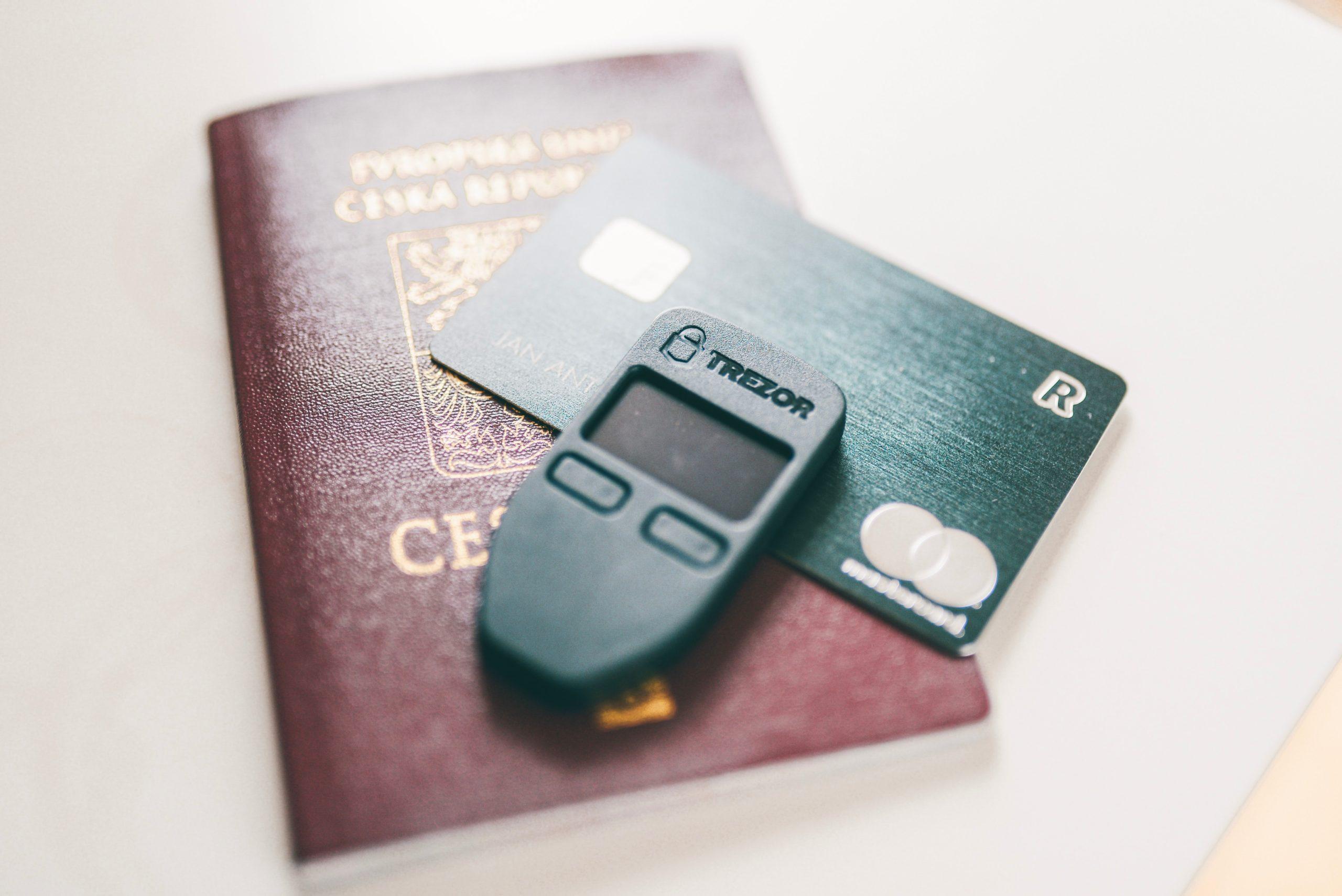 クレジットカード 2020年問題 期限 見分け方